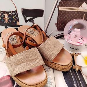 Hermès爱马仕女士凉鞋