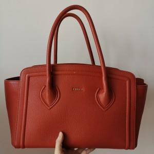 Furla芙拉红色牛皮手提包