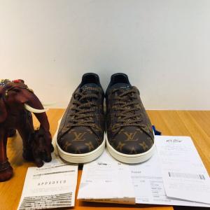 Louis Vuitton路易·威登男士休闲鞋