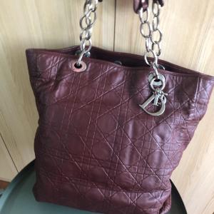 Dior酒红色羊皮菱格戴妃单肩包购物袋