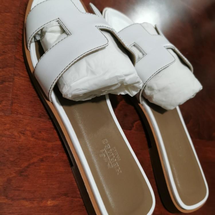 Hermès 爱马仕女士凉鞋