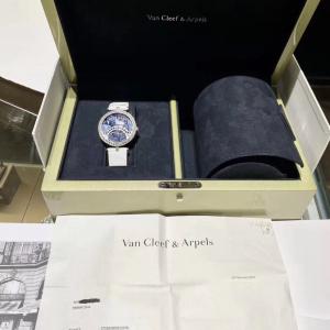 Van Cleef Arpels梵克雅宝女士机械表