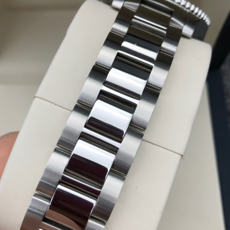 LONGINES浪琴L3.742.4.96.6运动自动机械男士腕表