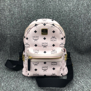 9新MCMMCM小号粉色铆钉女士双肩包