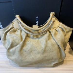 Louis Vuitton 镂空全皮手提包