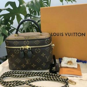 Louis Vuitton女士化妆包