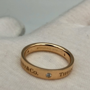 Tiffany & Co.蒂芙尼三钻18号戒指