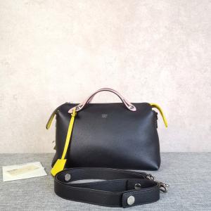 FENDI女士斜挎手提包