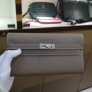 Hermès女士钱包
