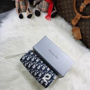 Dior化妆包
