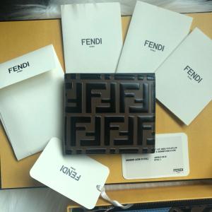 FENDI芬迪钱包/卡包/钥匙包