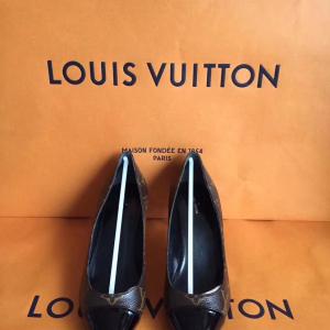 Louis Vuitton女士中跟鞋