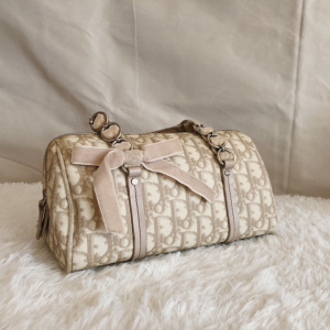 Dior老花丝绒蝴蝶结女士波士顿手提包