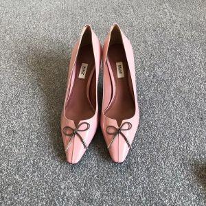BALLY巴利女士低/中跟鞋