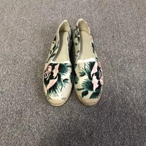 Burberry博柏利女士平底鞋