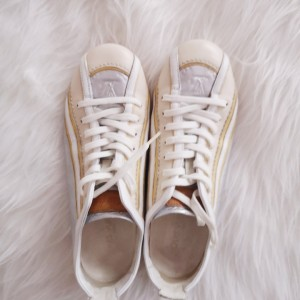 Louis Vuitton路易·威登全皮女士休闲鞋