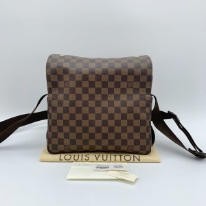 Louis Vuitton 路易威登男士单肩包