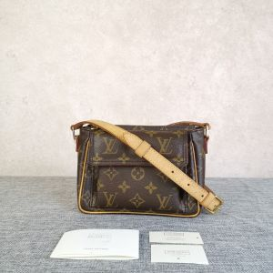 Louis Vuitton 路易·威登女士老花豆腐包单肩包