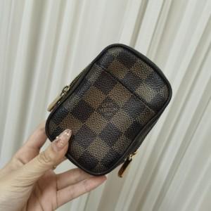 Louis Vuitton 路易·威登腰包