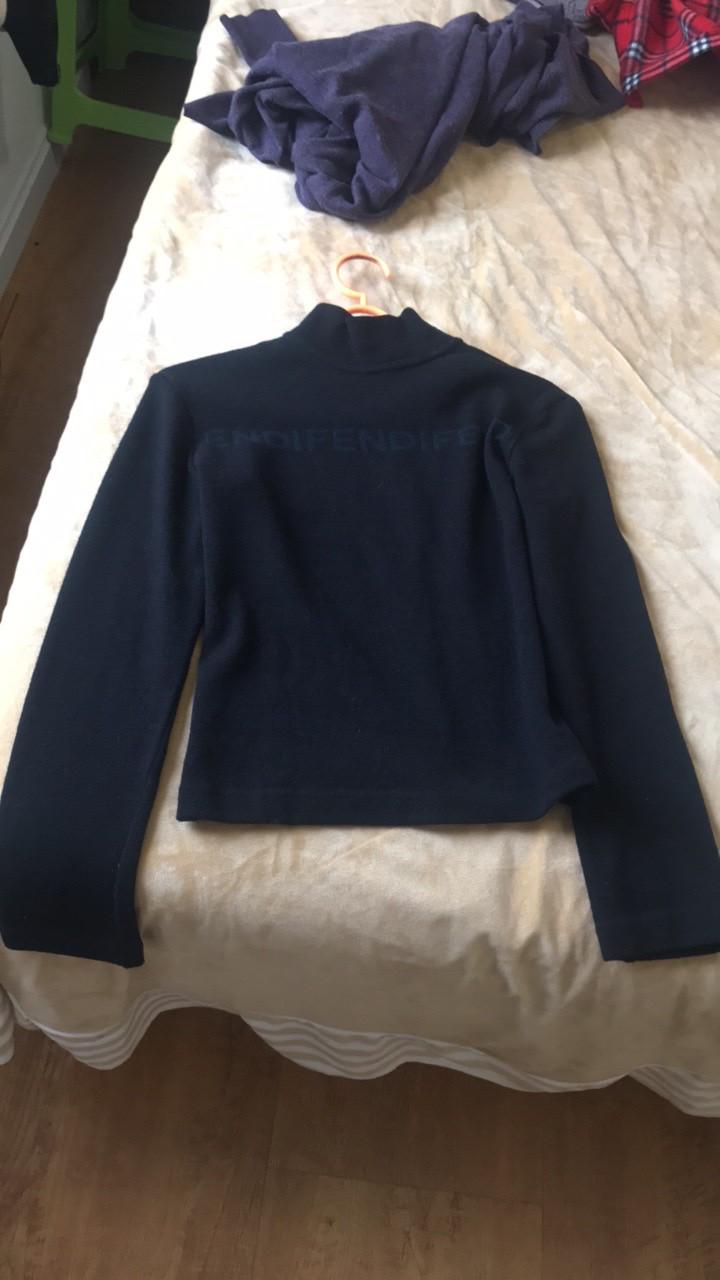 FENDI芬迪女士针织衫黑色打底针织衫
