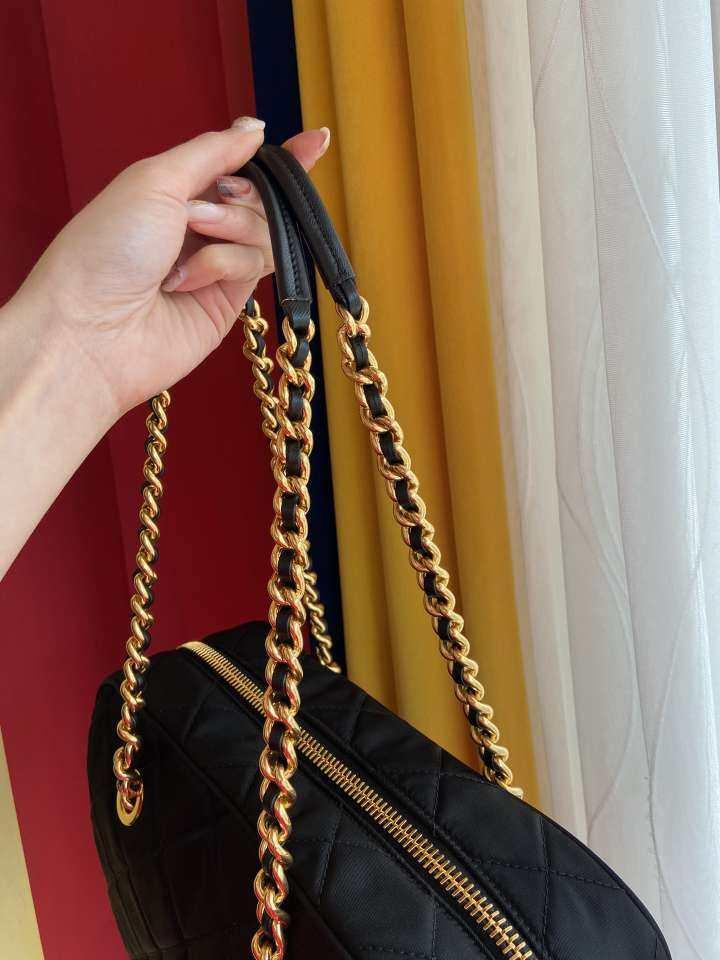 PRADA普拉达女士手提包Prada 新款gst 手拎单肩包