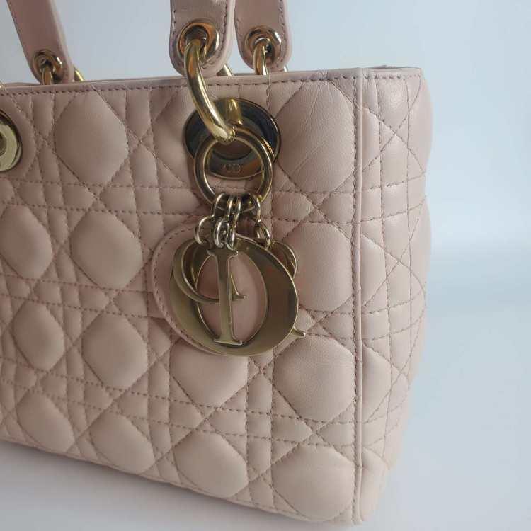 Dior迪奥女士单肩包四格樱花粉色徽章款戴妃包