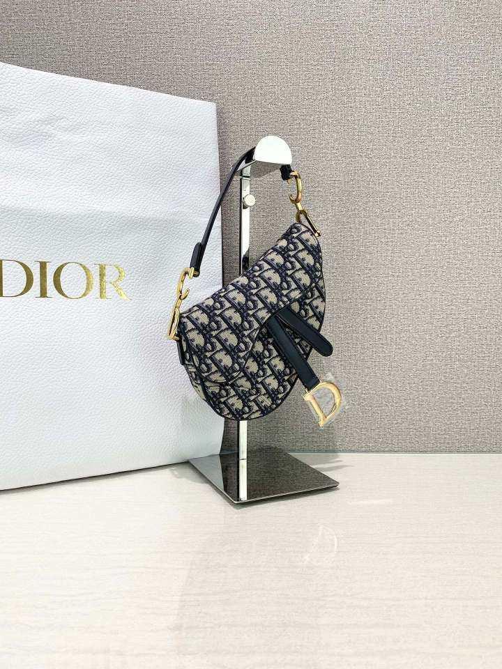 Dior迪奥女士单肩包女士单肩包