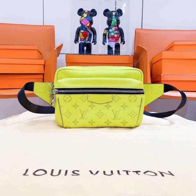 Louis Vuitton路易威登路易·威登女士腰包/胸包LVoutdoor腰包