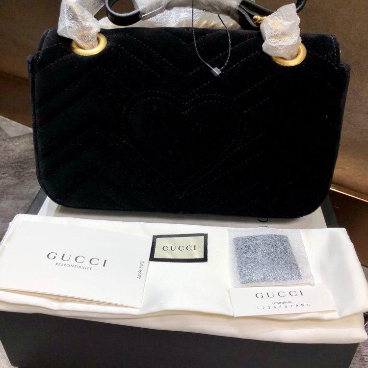 GUCCI古驰女士单肩包Gucci Marmont限量黑色丝绒
